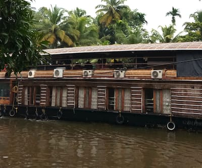 Rosy Sharing Houseboats,Alleppey