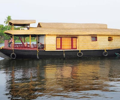 Ecoboat 4 Deluxe,Alleppey
