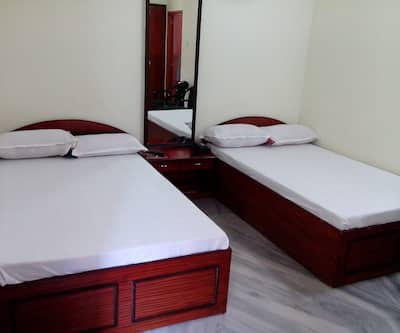 HILL TOP TOURIST LODGE,Kalimpong