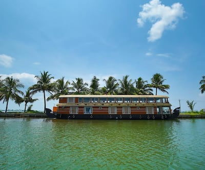 Southern Panorama Cruise,Alleppey