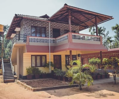 Group Stay Near Irupu Srimangala,Coorg