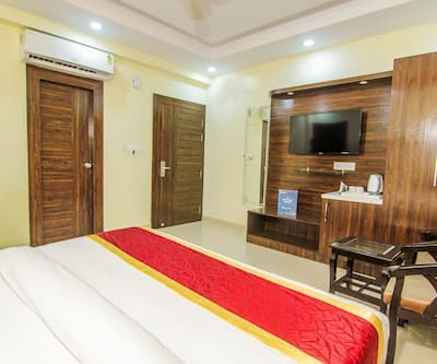 Hotel SS Grand,Lucknow