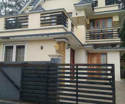 Hollywood Residency,Ooty