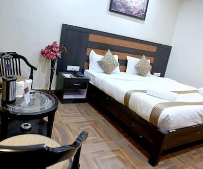 Hotel Pratap Palace,Varanasi