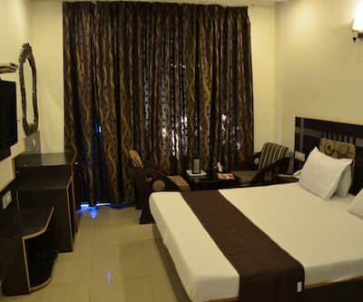 Hotel Citi Heights 22D,Chandigarh
