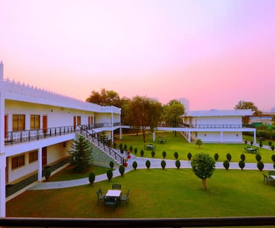 Aapno Ghar Resort,Gurgaon