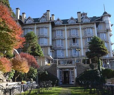 Cedar Inn,Darjeeling