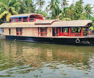 Kerala Tour Holidays SN House Boat 2 Bed,Alleppey