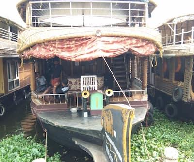 Kerala Thekkan 3 Bed, Punnamada,