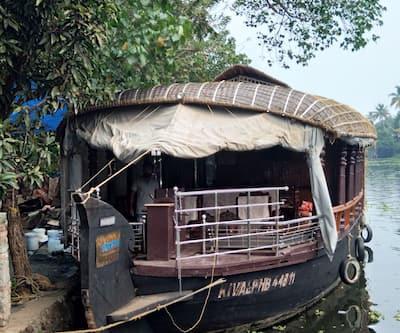 Kerala Ben 1 Bed,Alleppey