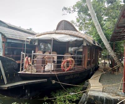 Kerala Ben 2 Bed,Alleppey