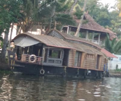 Kerala Tour Holidays Land Cruiser House Boat,Alleppey