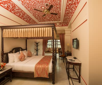 Umaid Haveli Hotel and Resorts, Kukas,