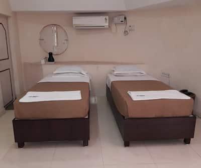Kishkinda Heritage Resort, Gangavathi,