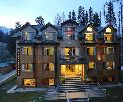 Hotel Pine Spring,Gulmarg