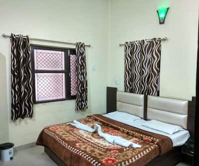 Madhuban Guest House,Haridwar