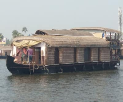 BTT House Boat 4 Bed,Alleppey