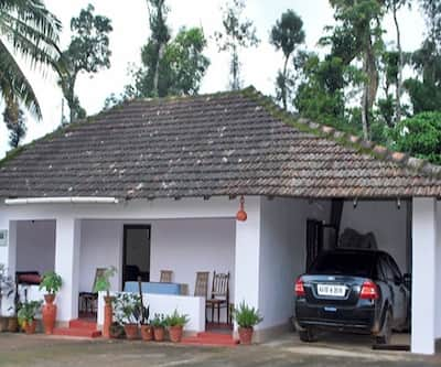 Homestay Estate In The Lap OF Talacauvery,Coorg
