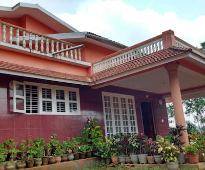 Souparnika Stay,Coorg