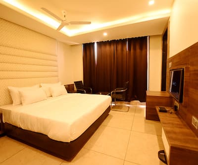 Hotel The Bentree,Bhopal