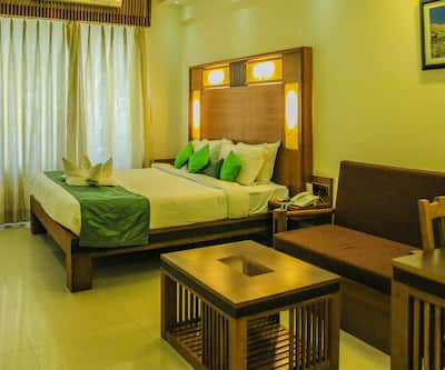 Inderlok Hotel, Rajpur Road,