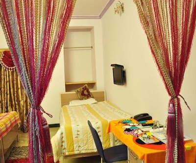 Hotel Luxmi Dreamz,Palampur
