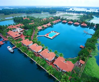 Lake Palace Resort,Alleppey