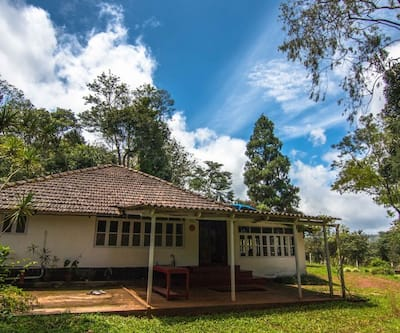 Hilly Side Extatestay -  A Wandertrails Stay,Coorg