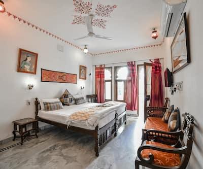 Hotel Devraj Niwas,Udaipur