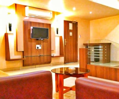 Hotel Vishal International, Airport Road,