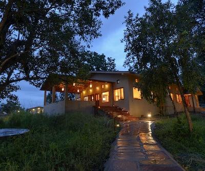 Serenity Jungle Retreat,Kanha