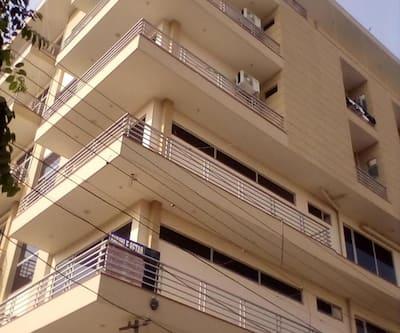 HotelHangOut,Gurgaon