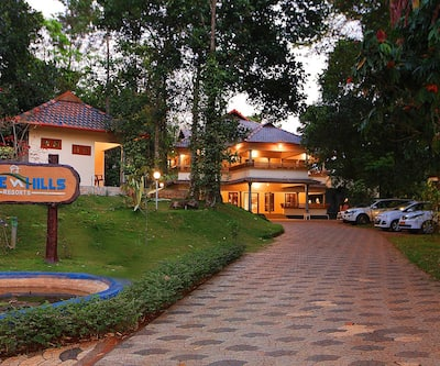 Lake n Hills Resorts,Munnar