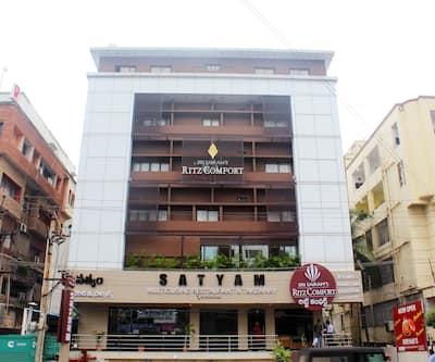 Hotel Ritz Comfort, Dwaraka Nagar,
