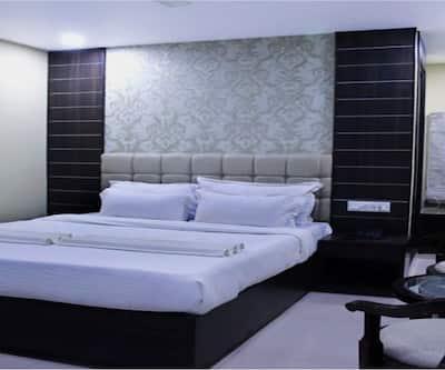 Hotel SLE Residency,Varanasi
