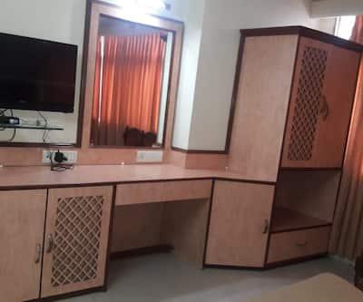 Hotel Subhash MIDC Andheri,Mumbai