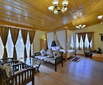 Hotel Torrentium Lodge, Chotta Shimla,