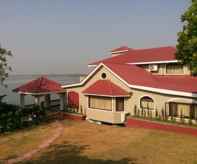 Touchwood Resort,Bhopal