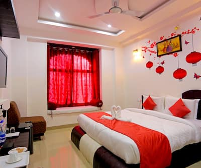 Hotel White Tulip,Udaipur