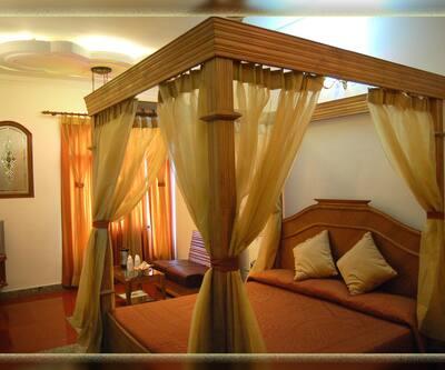 Hotel Ishan Villa, G T Road,