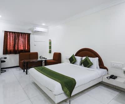 Treebo Trend Omni Palace,Indore