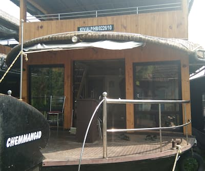 Chemmangad House Boat 3 bed,Alleppey