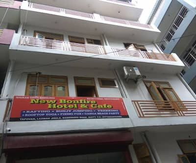 New Bonfire Hotel & Cafe,Rishikesh