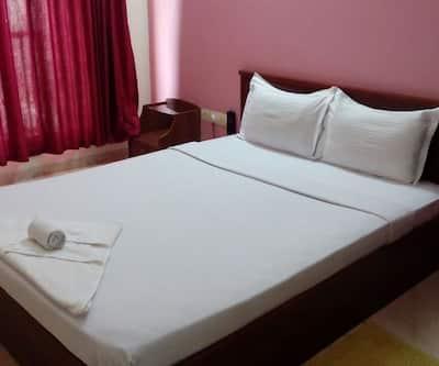 Sandstone Inn Hotel,Lucknow
