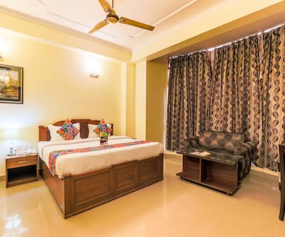 Hotel Kashish Residency & Banquet,Noida