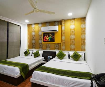 SKY Hotel,Indore