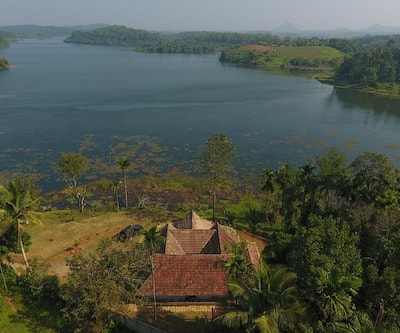 Wayanad Lake View Retreat,Wayanad