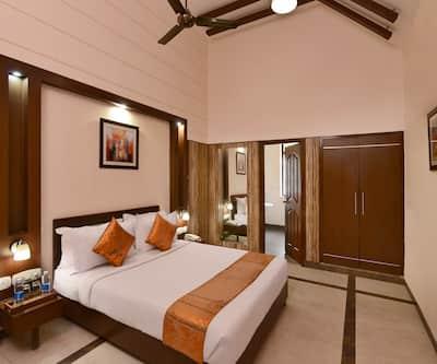 Shri Radha Brij Vasundhara Resort & Spa, Goverdhan Road,