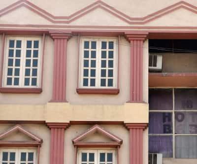Hotel Baba, Jawahar Road,