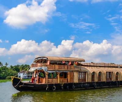 BMG Houseboat,Kumarakom